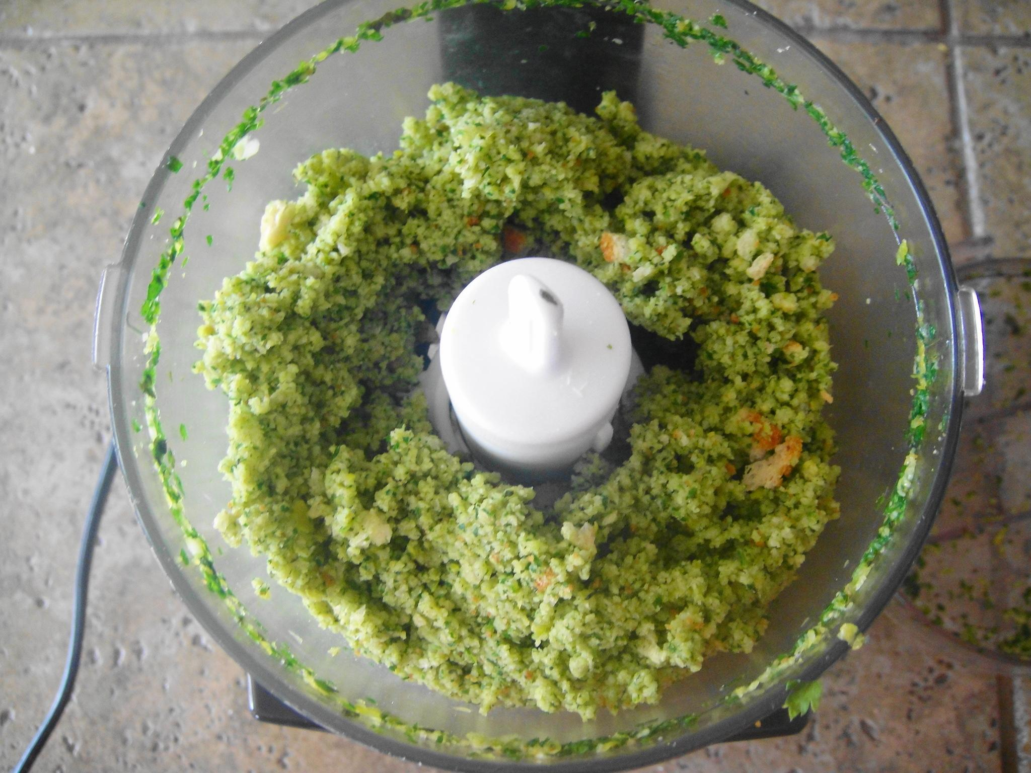 gremolata in chopper breading