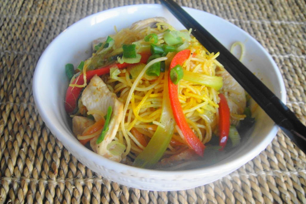 finished singapore noodles in bowl