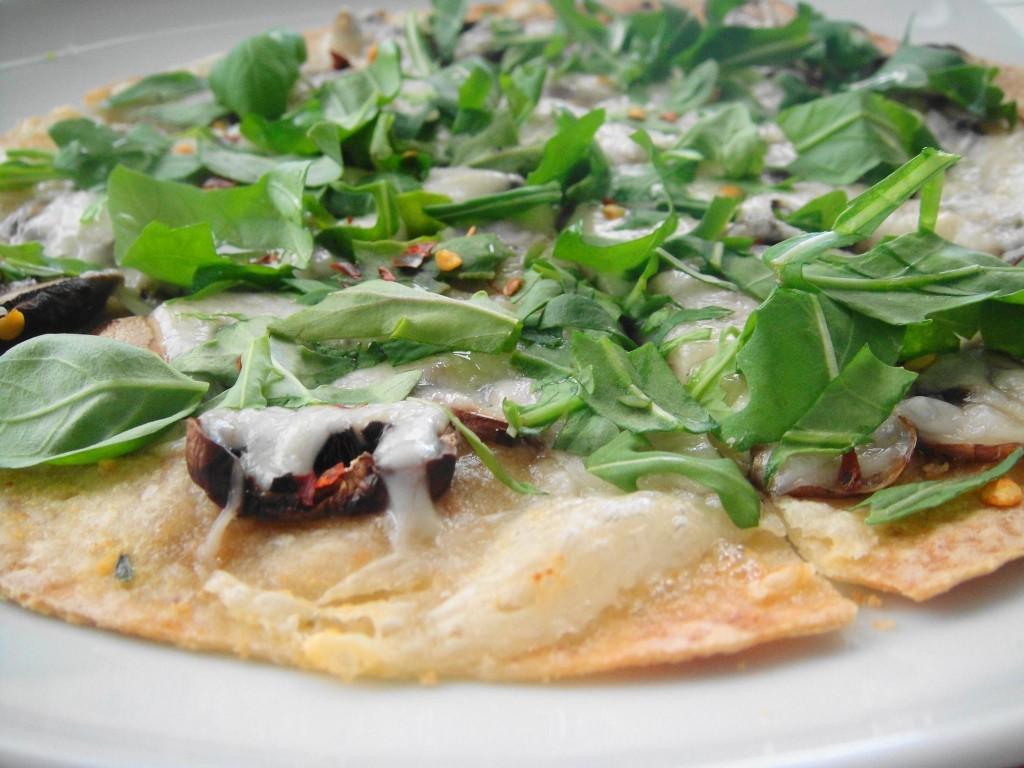 flatbread pizza close up