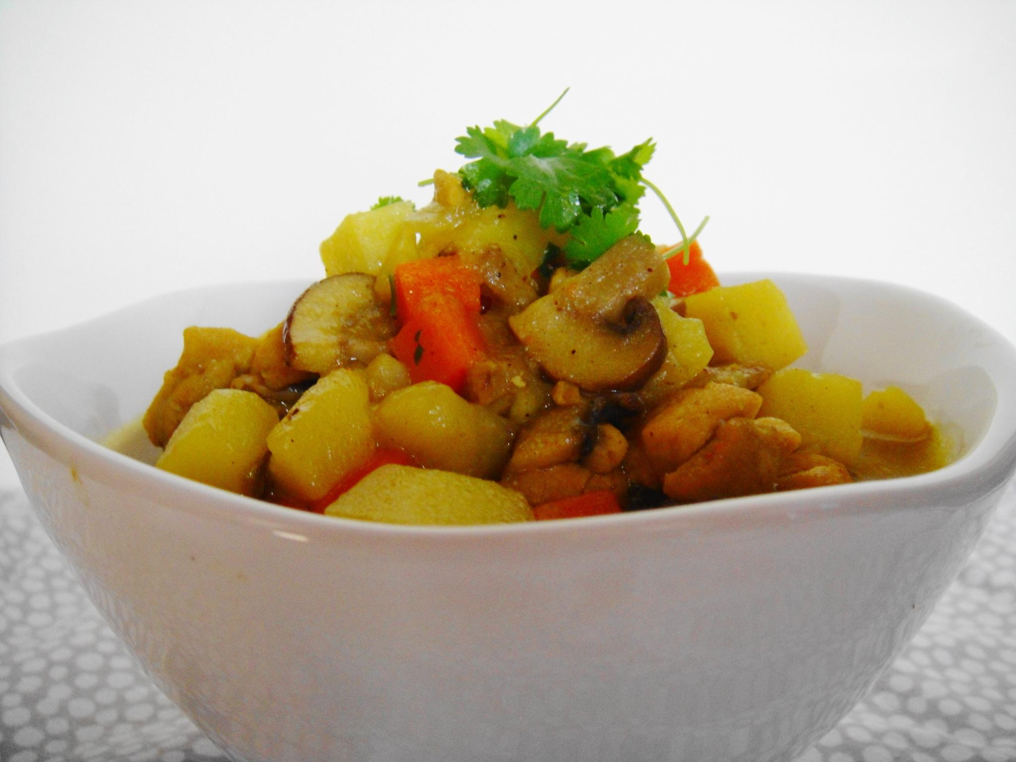 curry white bowl