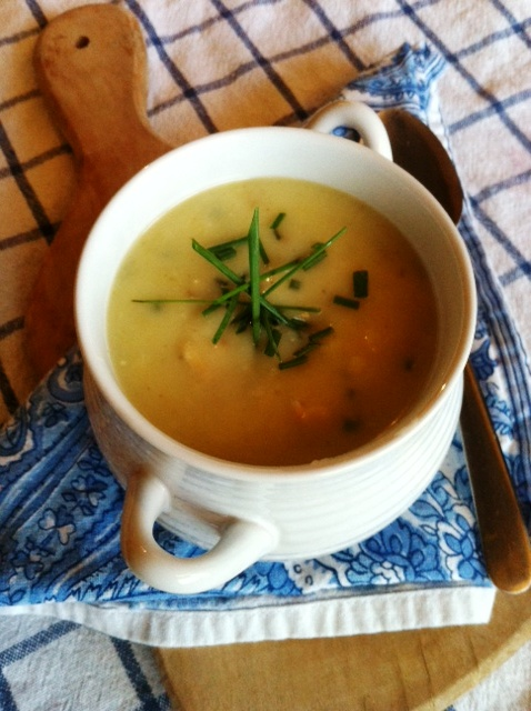 potato leek soup chives