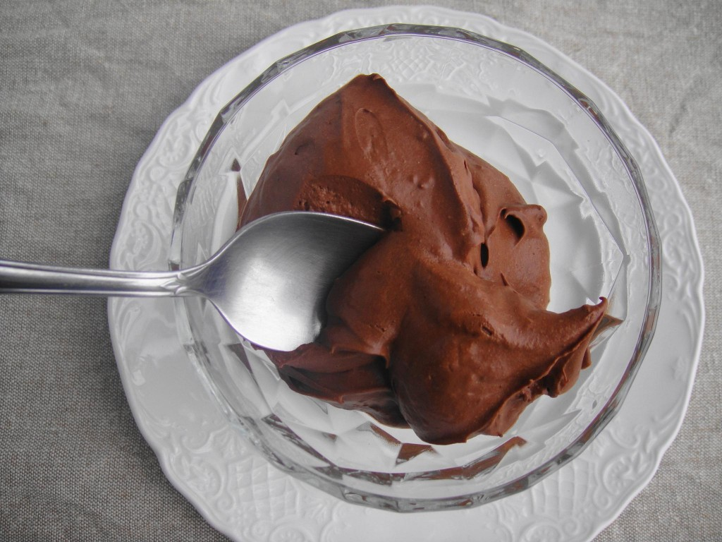 chocolate mousse with spoon