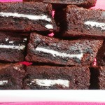 GF Brownies Stuffed with Oreos | www.freshnessgf.com