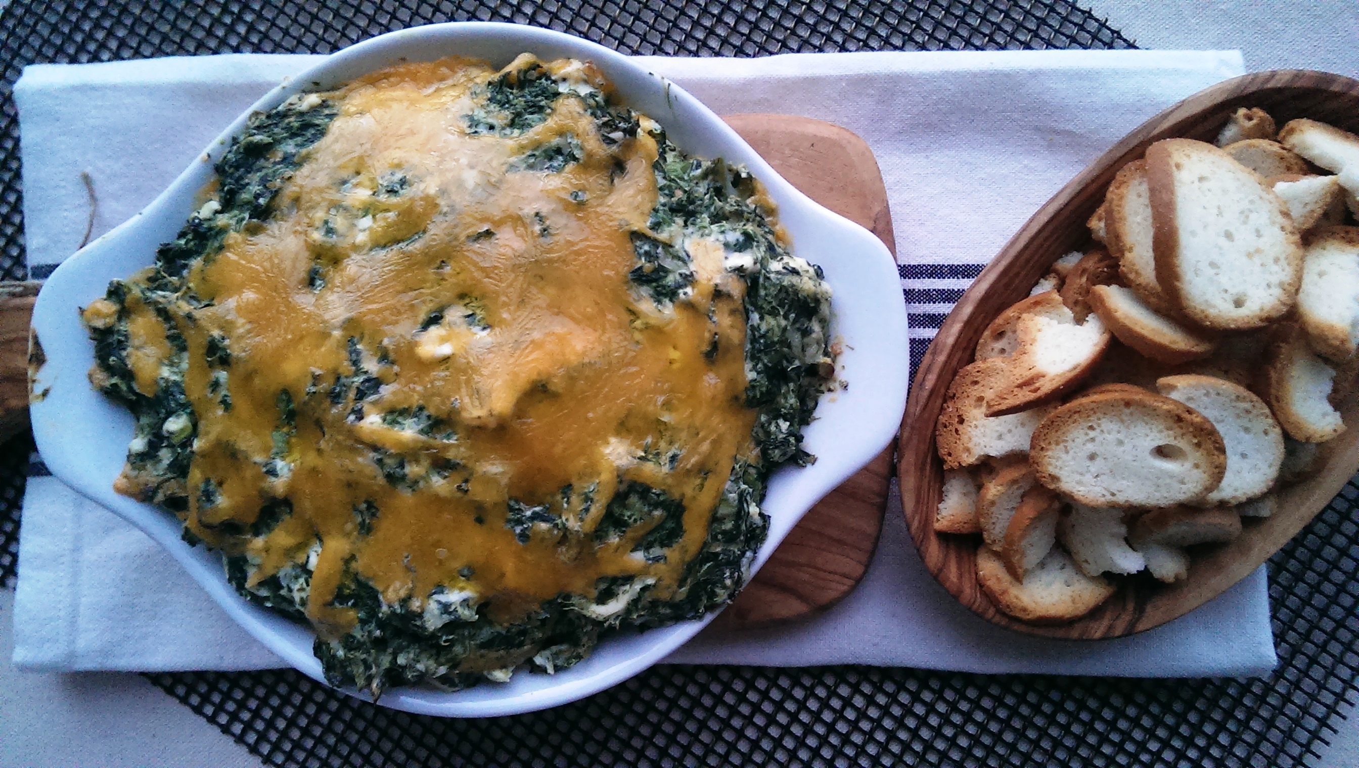 Hot Spinach Dip | Freshnessgf.com