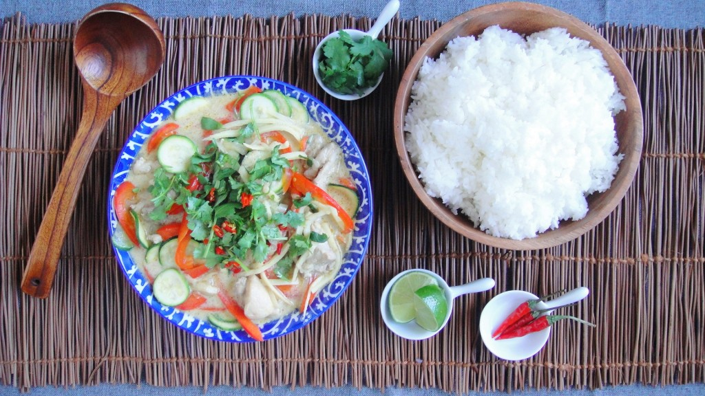 Thai Chicken Curry and Vegetables | freshnessgf.com