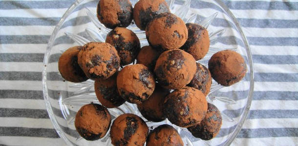 Hazelnut Chocolate Powerballs | freshnessgf.com
